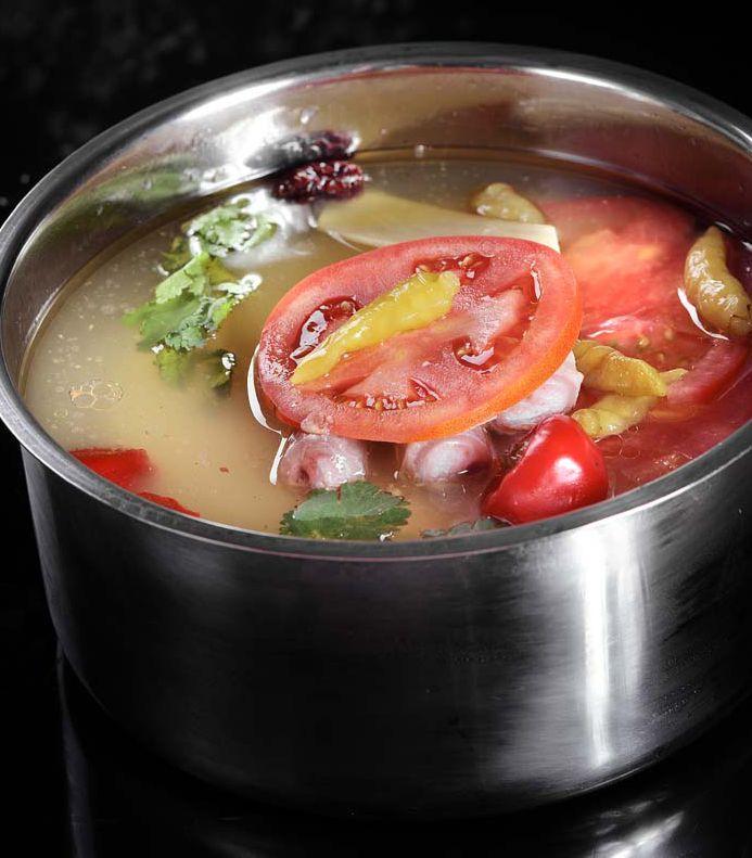 开胃酸汤锅